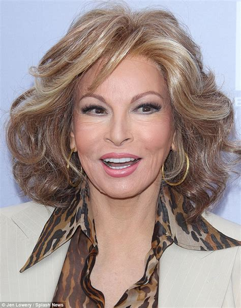 raquel welch images raquel welch looks youthful at thr women in entertainment