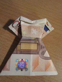 hochzeitskleid aus geld falten geldschein falten kleid brautkleid zum geldgeschenke