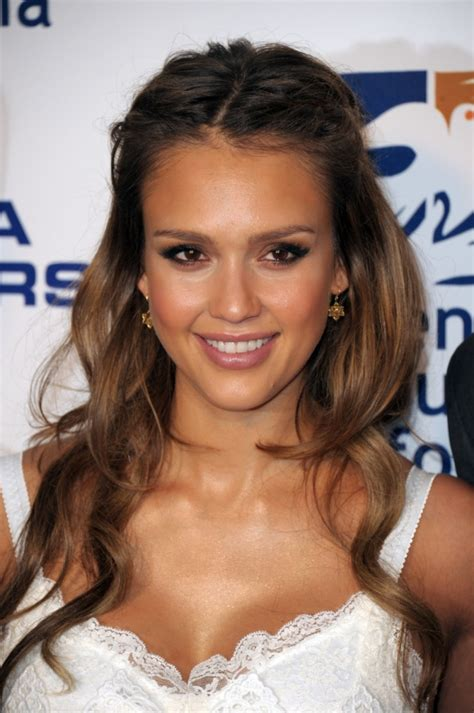how to do jessica alba hairstyles glamorous celebrity summer hair styles