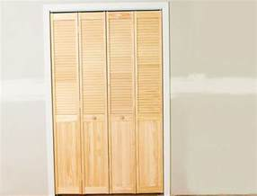 closet doors sizes louvered bifold closet doors sizes home design ideas
