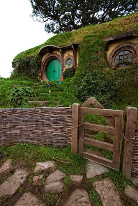 hobbit houses new zealand 17 best images about hobbit house on pinterest the