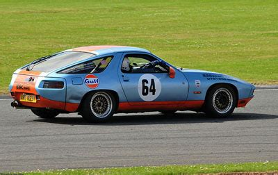 Porsche 928 Racing by Porsche 928 Racing In 2 Motorsports