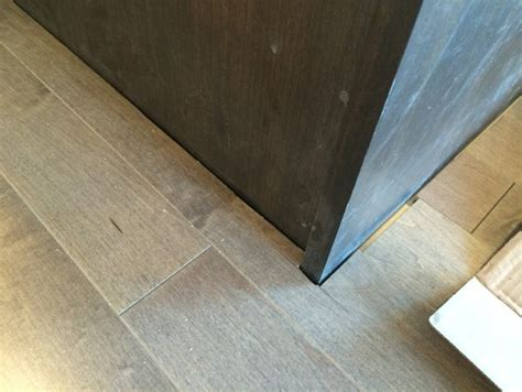 Do You Install Kitchen Cabinets Before Flooring Lay Laminate Flooring Around Kitchen Cabinets Thefloors Co