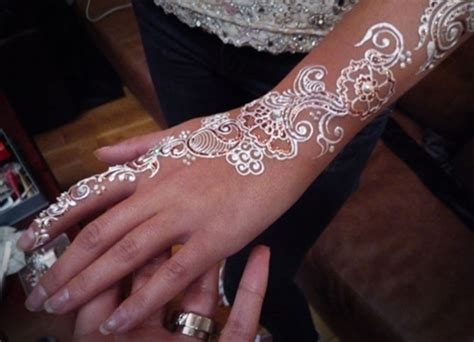 quot white henna quot what is it