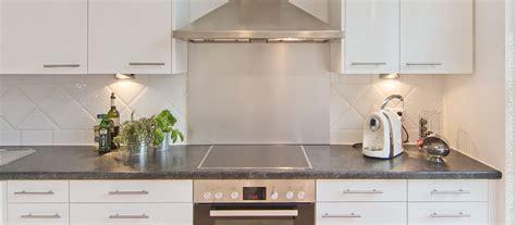billige küche umgestalten k 252 che wandfliesen k 252 che landhausstil wandfliesen k 252 che