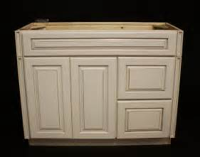 Kraftmaid Kitchen Cabinet Sizes by Kraftmaid Cabinets Prices Bukit