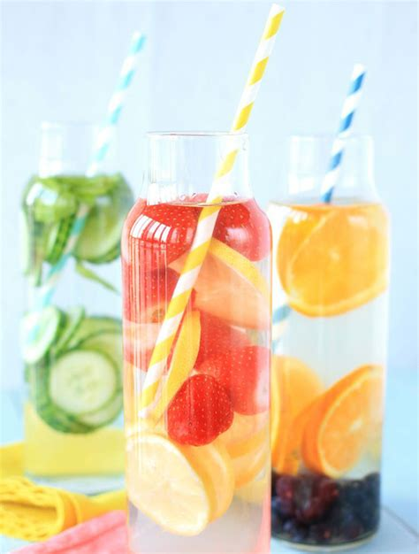 Healthy Fruit Detox Drinks by Eaux D 233 Tox 15 Id 233 Es De Recettes Detox Smoothies And Food