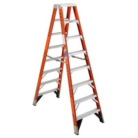 werner 10 ft fiberglass step ladder with 375 lb