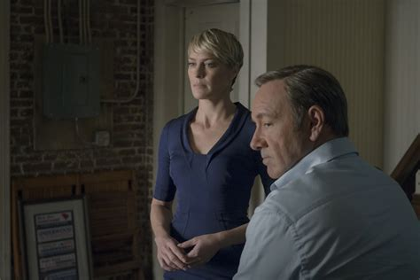what to know about robin wrights house of cards style first house of cards season 3 trailer released return