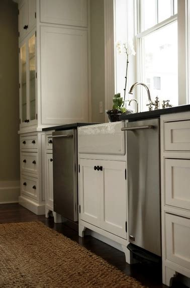 kitchen cabinets with feet kitchen cabinets a preview