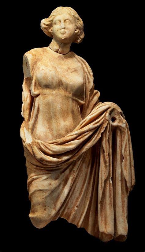 ancient roman women sculptures 17 best images about 3000 ekr 500 jkr vanha aika on