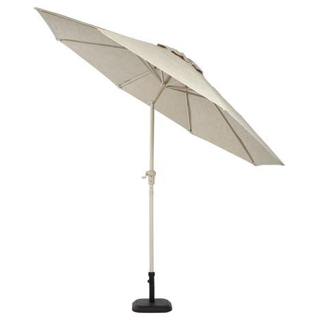 Hton Bay Statesville 9 Ft Aluminum Crank And Tilt Hton Bay 9 Ft Aluminum Patio Umbrella In Sky Blue With
