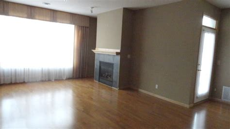 Room Vacant by Vacant Home Staging Living Room Before After Photo St Paul Mn