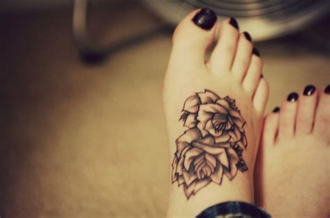 girly foot tattoos feminine images designs