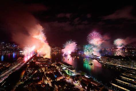 new year fireworks sydney best hotels for sydney new year s fireworks
