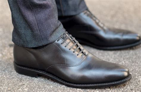 how should dress shoes fit s clothing fit guide