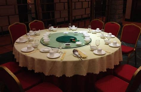 Dining Table Seating Etiquette Etiquette Around The Table Hwao Consulting