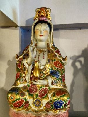 Lilin Jelly Sembhayang Dewa Budha Kwan Im 60jam jual patung dewi kwan im dhammamanggala