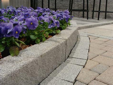 cordoli in pietra per giardini bordura per aiuole in calcestruzzo pietra by m v b