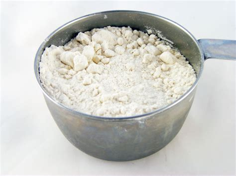 using flour how to make a bread flour substitute for your baking