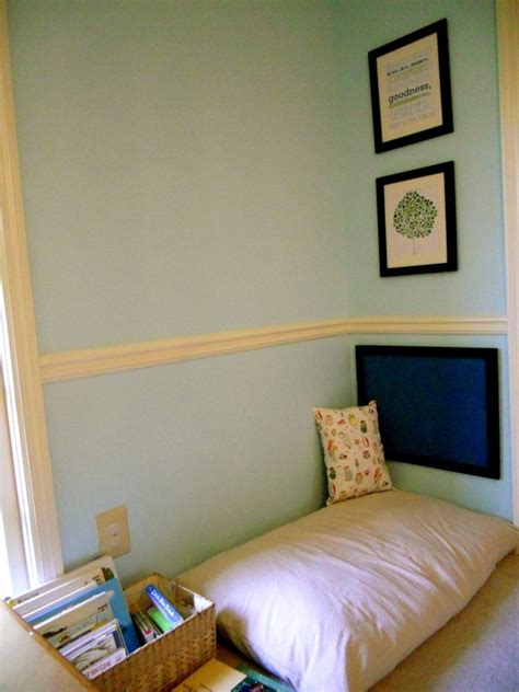 Reading Nook Pillows by 1000 Images About Carson S Bedroom On
