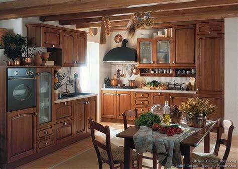 tuscan country kitchen latini cucine classic modern italian kitchens