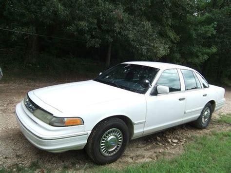 how make cars 1996 ford crown victoria parking system sell used 1996 crown vic p71 police interceptor in paris tennessee united states for us 2 395 00