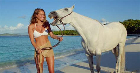 direct tv commercial actress with horse talking to horses is so hot right now kaley cuoco