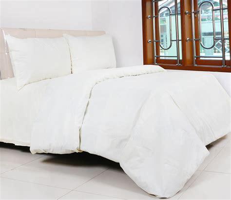 Sprei Polos Putih 160200 katalog sprei pelangi butik ceria