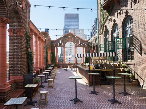 Roof Top Bars In by 11 Best Rooftop Bars In New York City Photos Cond 233