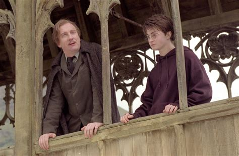 harry potter and the prisoner of azkaban 2004 full pin still of david thewlis and daniel radcliffe in harry