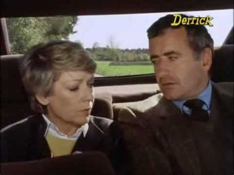 manda fiori derrick l assassino manda fiori 1982
