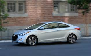Hyundai Elnatra 2013 Hyundai Elantra Coupe Drive Photo Gallery