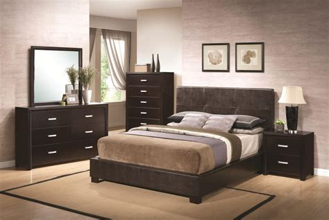 advantage bedroom designs with brown furniture ideas