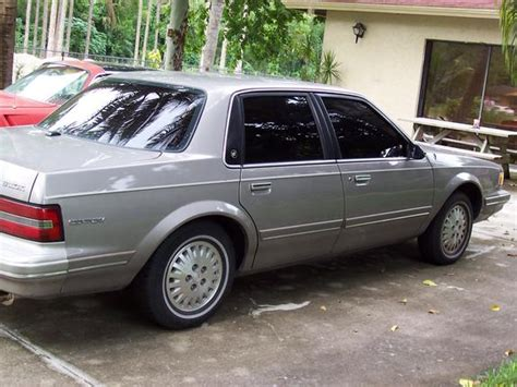 silver buick century 1995 buick century silver 200 interior and exterior images