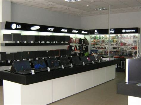 computer show room 9 best ideas about exisiting computer shops on computer shop store design and computers