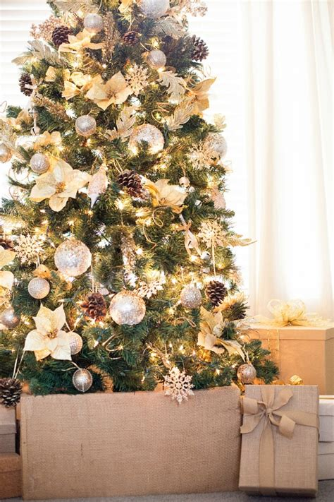 gorgeous gold christmas tree a night owl blog