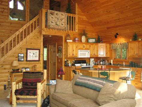 Best Interior Design For Small Bedrooms Best 25 Cabin Loft Ideas On Pinterest Barn Houses Small Home Plans And Loft Conversion On