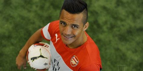 alexis sanchez ranking fifa rumor arsenal players get a boost in rankings in fifa 15