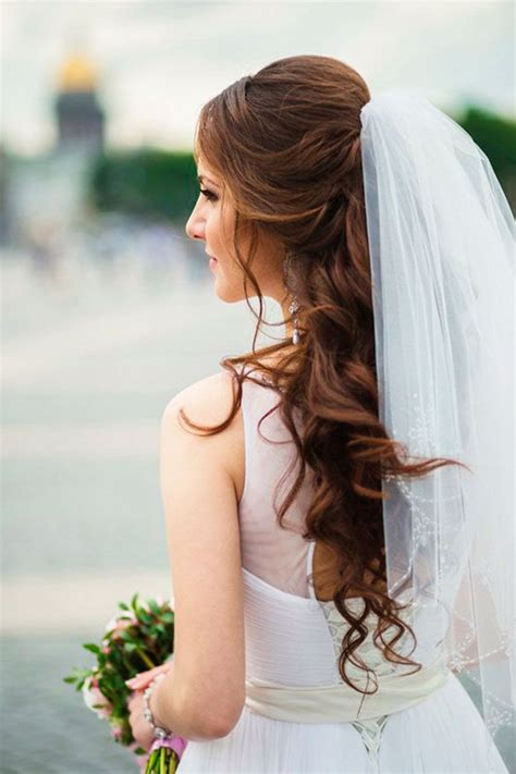 Wedding Hairstyles For Veil by 42 Wedding Hairstyles With Veil Veil Weddings And