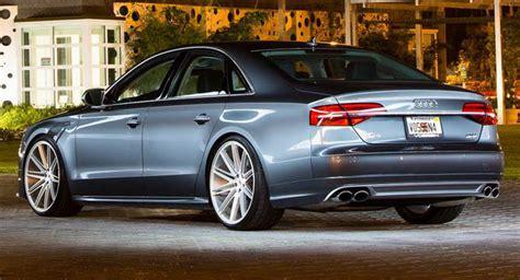 Audi S8 Felgen by 2015 Audi S8 Looks Style Savvy On Custom Wheels