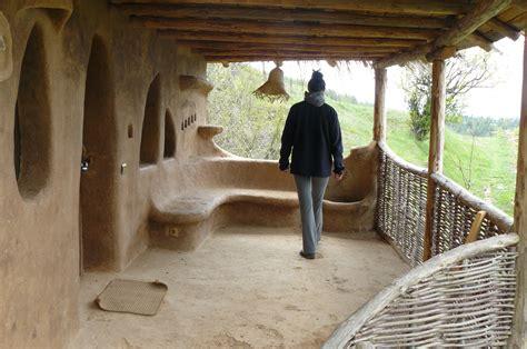 Amazing Hobbit House Architecture Interior Design The