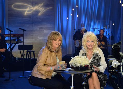 qvc hosts gossip linkaticom qvc presents a night in nashville with dolly parton show