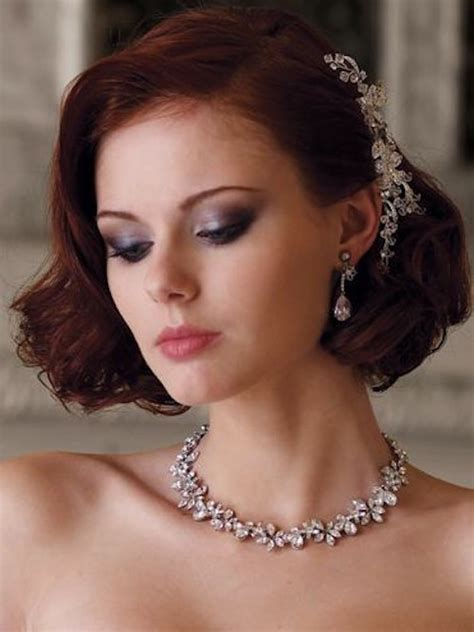 8 Gorgeous Wedding Hairstyles For Brides With Hair
