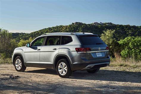 volkswagen atlas 2017 2018 volkswagen atlas r line performance package unveiled