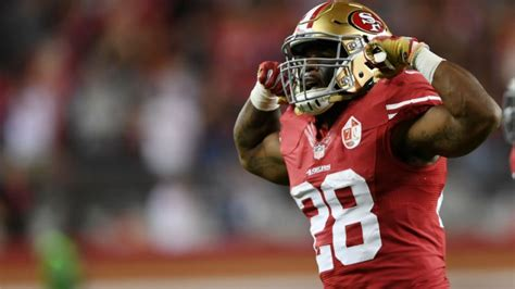 cap room nfl nfl free agency salary cap space not a problem for 49ers patriots
