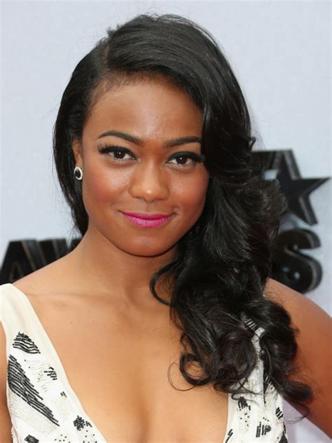 sideswept curled hairstyles for black women pictures 2013 bet awards hairstyles tatiana ali side