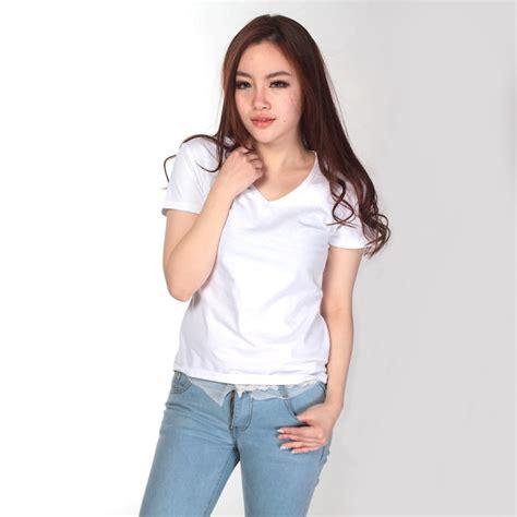 T Shirt Kaos Me kaos polos katun wanita v neck size s 81105 t shirt white jakartanotebook