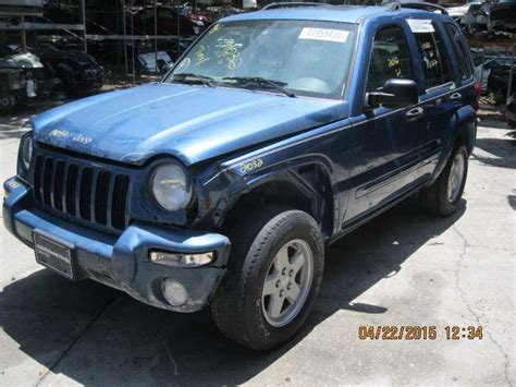 Jeep Liberty 2004 Parts Used 2004 Jeep Liberty Front Part 367627