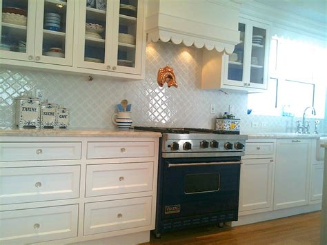 how to tile kitchen backsplash arabesque backsplash tile ideas about arabesque tile on